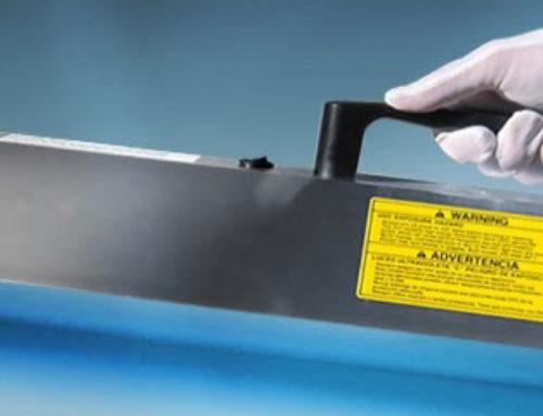 Làm sạch bề mặt bằng đèn diệt khuẩn UVC